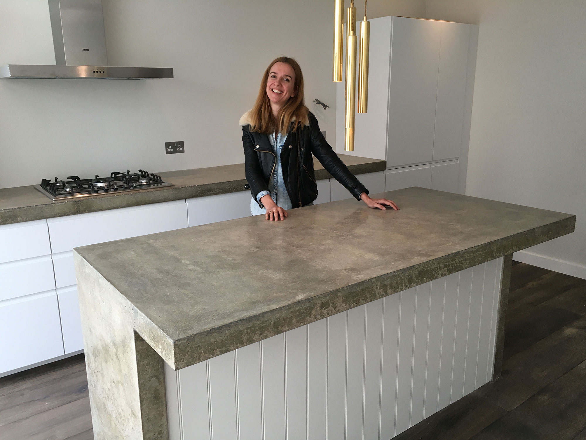 Perfect Conscious Forms   Walthamstow Polished Concrete Kitchen Worktop Island With  Cantilever For Stool Seating And Waterfall